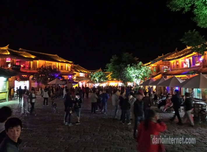 Lijiang China at night